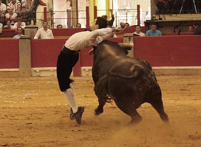 Rubén Monzón recortando en Zaragoza