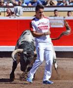 Los ajustados quiebros pondrán al público en pie. Foto: Alberto Barrios.