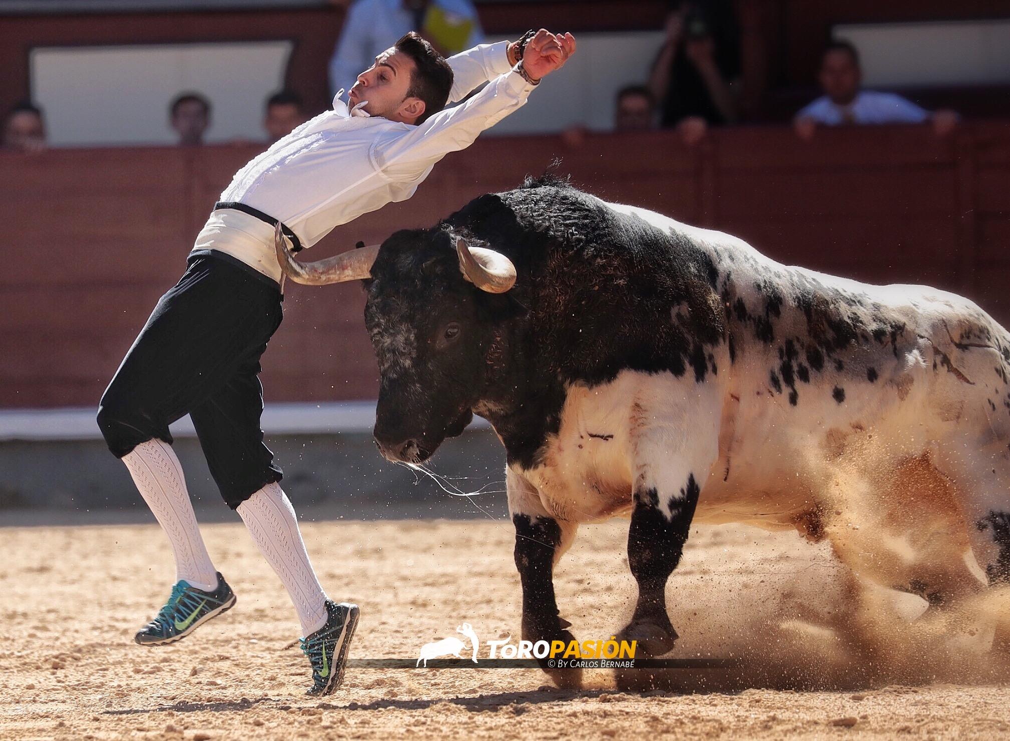 El madrileño Jonatan Estébanez 'Peta' ajustando al límite.